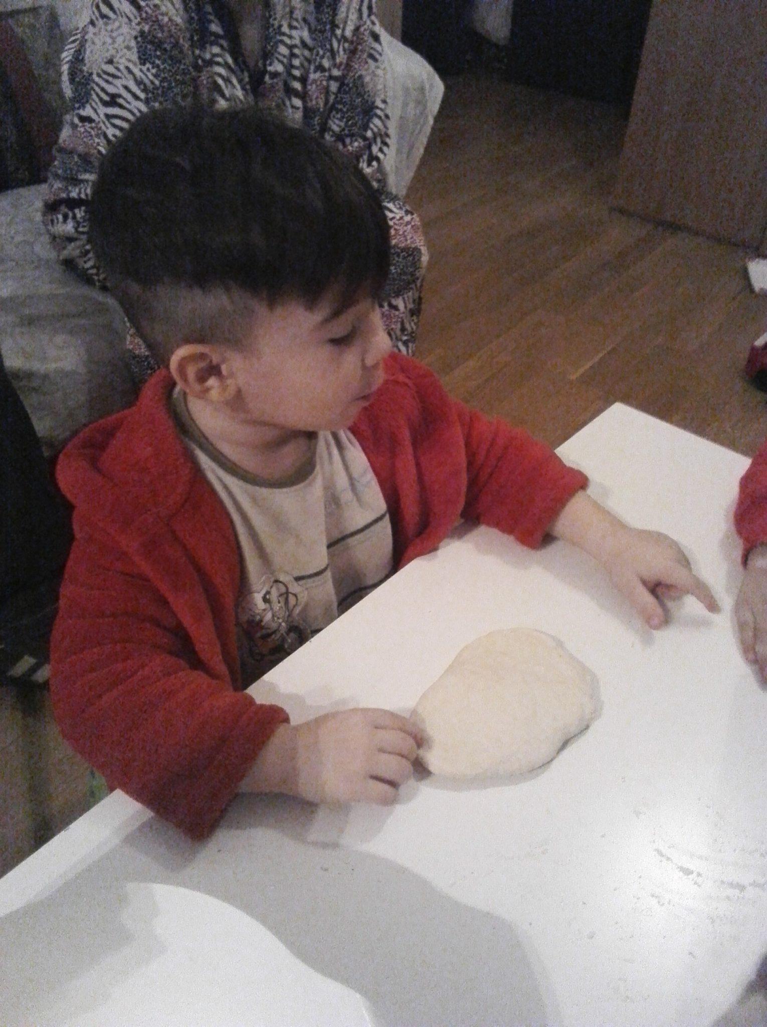 IMG 20161229 WA0051 - Hacer pan de sartén con niños