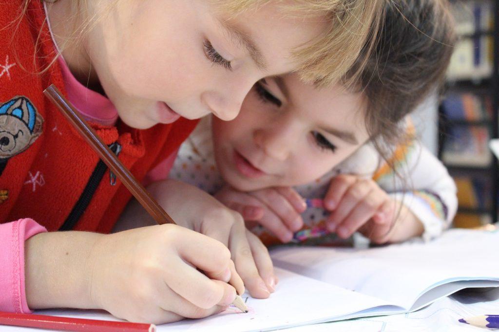 kids 1093758 1280 1024x682 - Nuestro cole es Comunidad de Aprendizaje