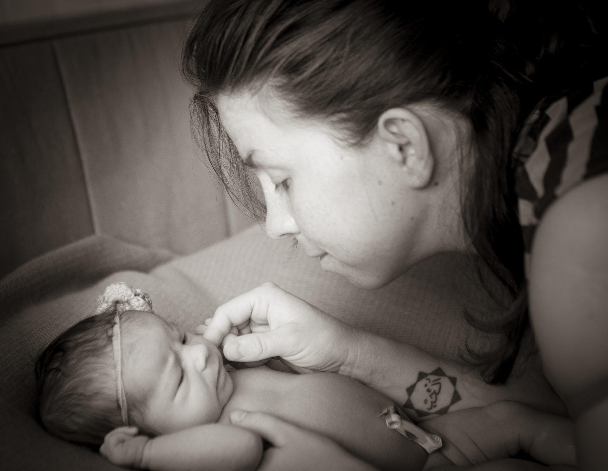 nur0061 - Sesión de fotos de recién nacido en casa