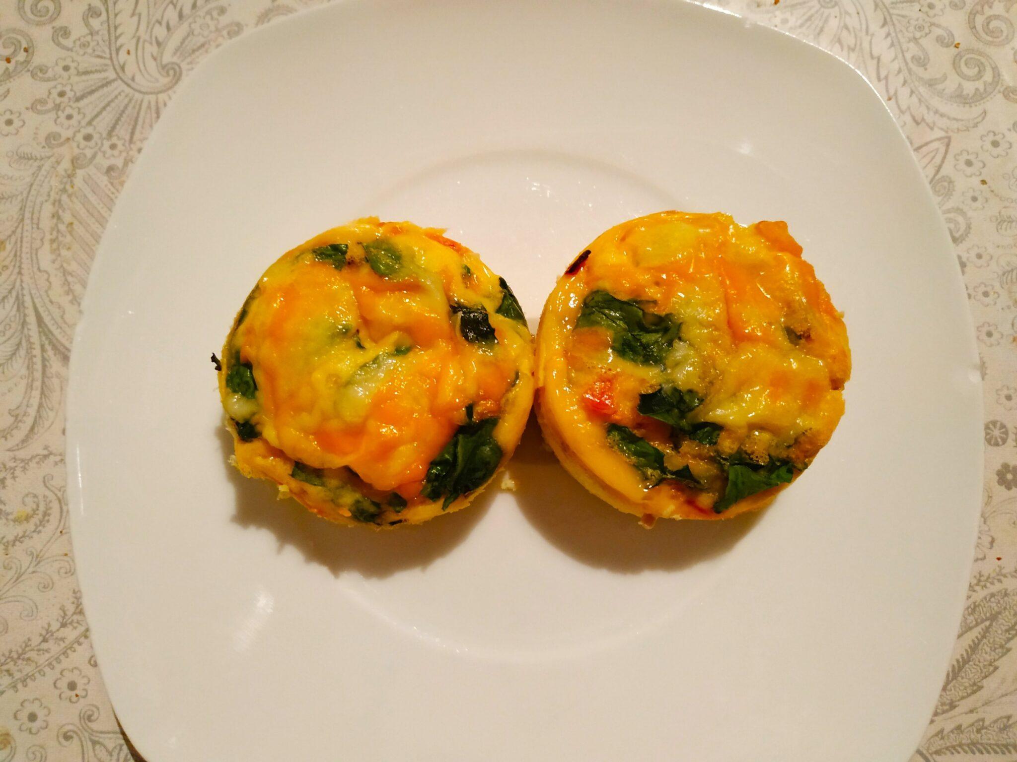 img 20190913 2300016413672219505905659 - Cocina con #MamaKeto: muffins de huevo con tomate y espinacas