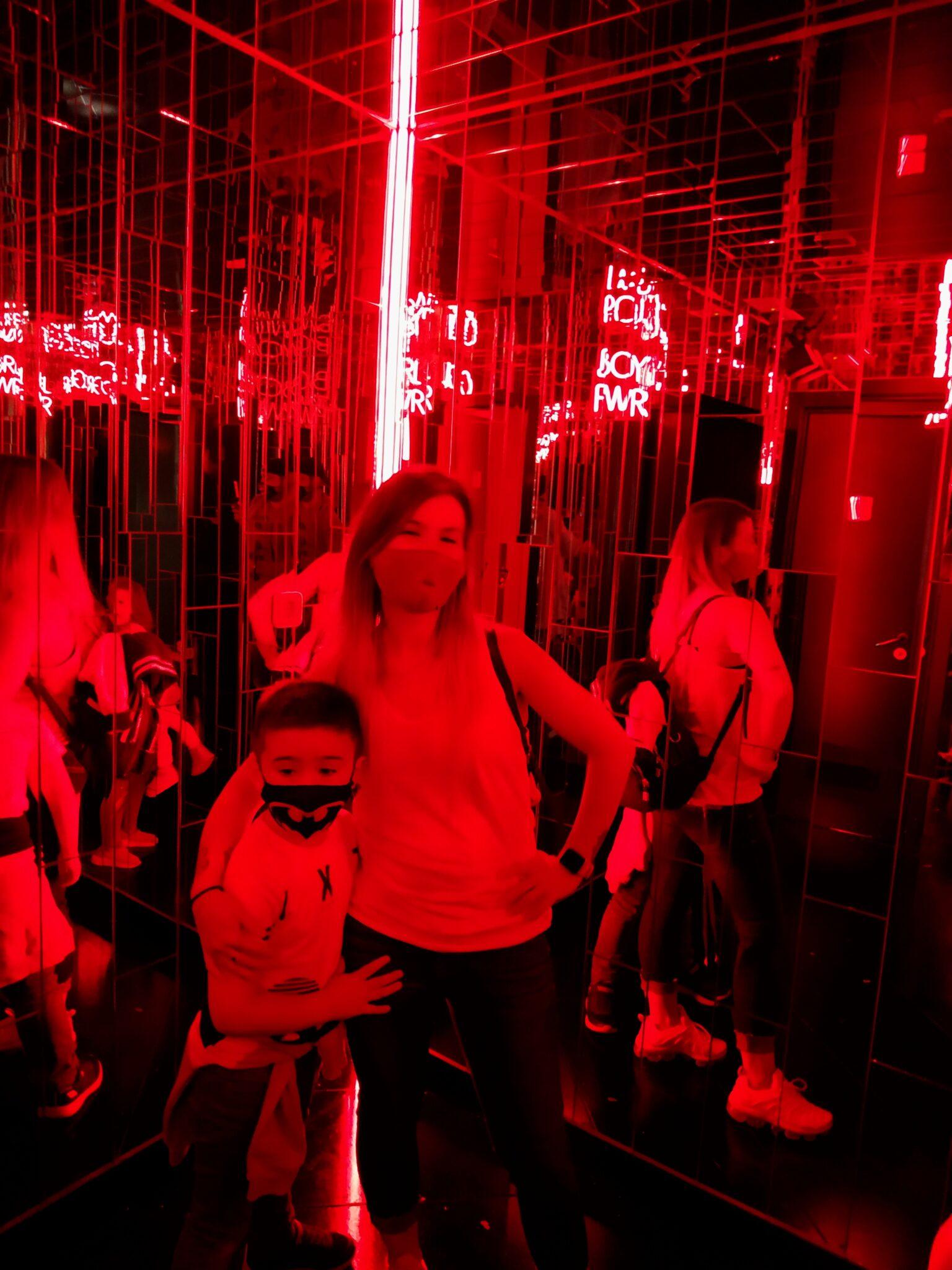 IMG 20200926 170357 01 scaled - Visitar IKONO Madrid con niños