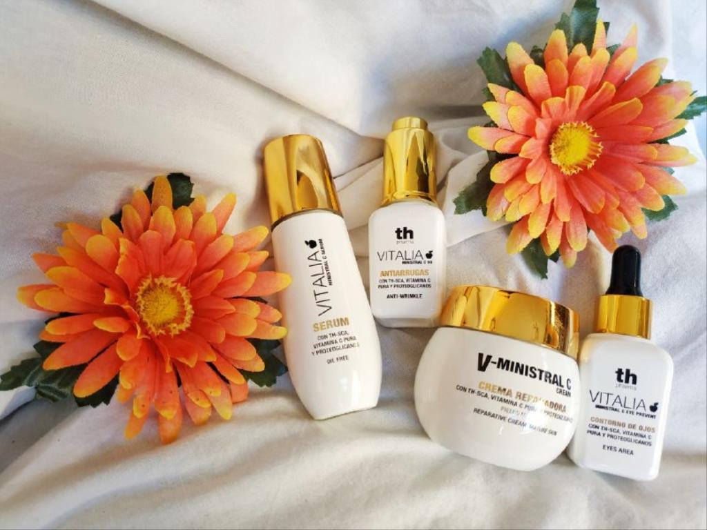 photo5859711138944627597 1024x768 1 - Cuidado facial para pieles maduras con Th Pharma