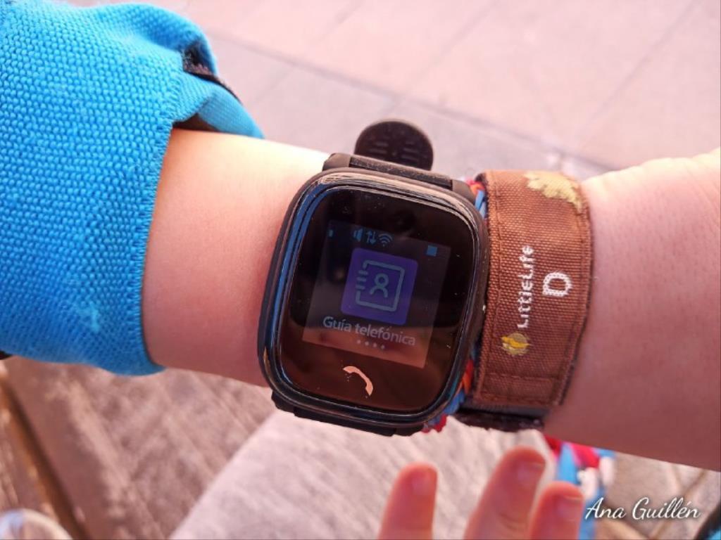 photo5899816551417230819 1024x768 1 - SmartWatch para niños SaveKids con teléfono y GPS integrado